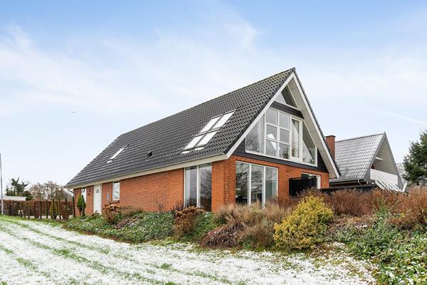 Teglvænget 13, Hvalpsund Villa