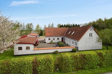 Tornelundsvej 15 Villa
