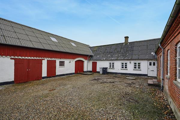 Korsbjergvej 31, Røjle Villa