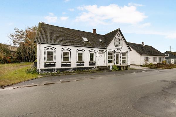 Lystrupvej 16, Lystrup Villa