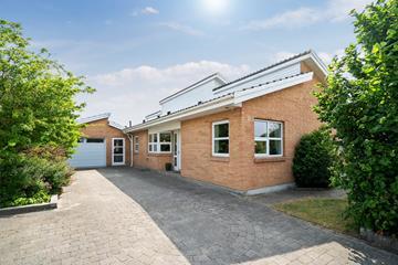 Niels W Gades Vej 18 Villa