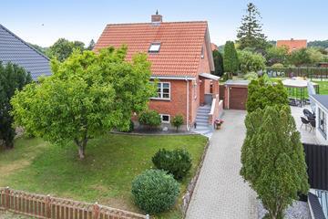 Solvangsvej 11 Villa