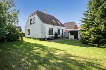 Holbækvej 64 Villa